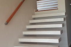 6. QUICK-STEP Cantilever with White Stucco Finish
