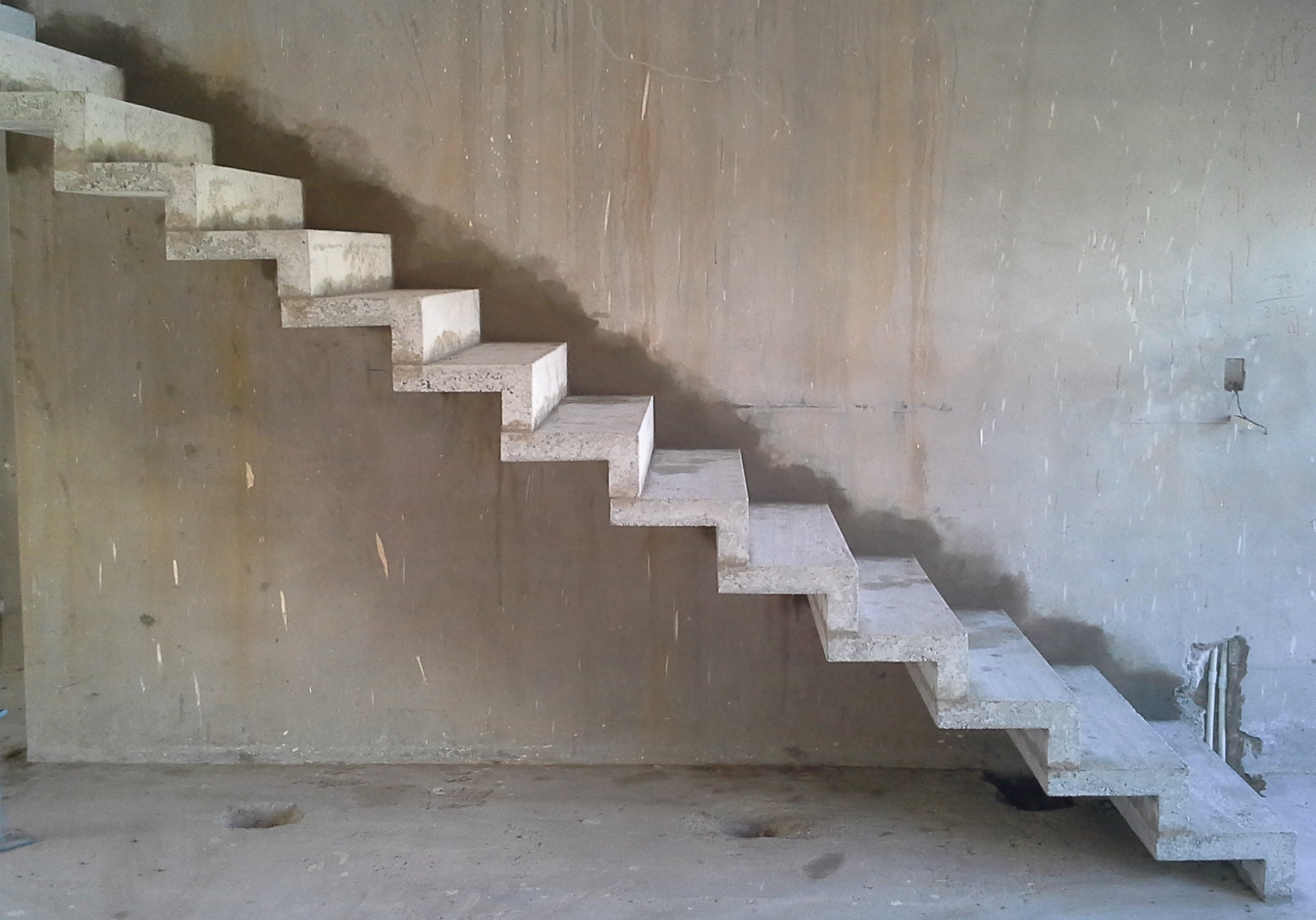 Zigzag Staircase