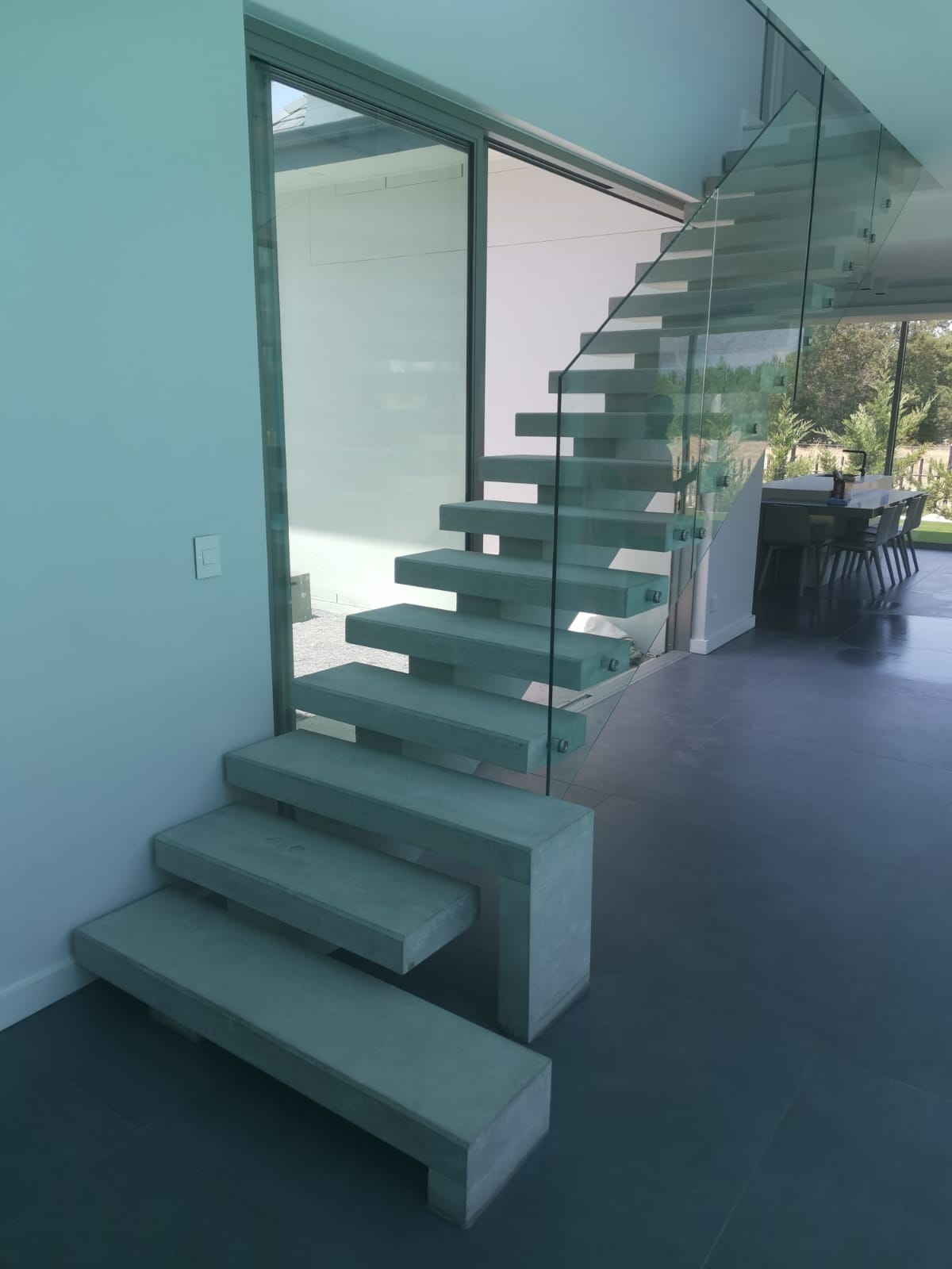 3. QUICK-STEP Floating Staircase